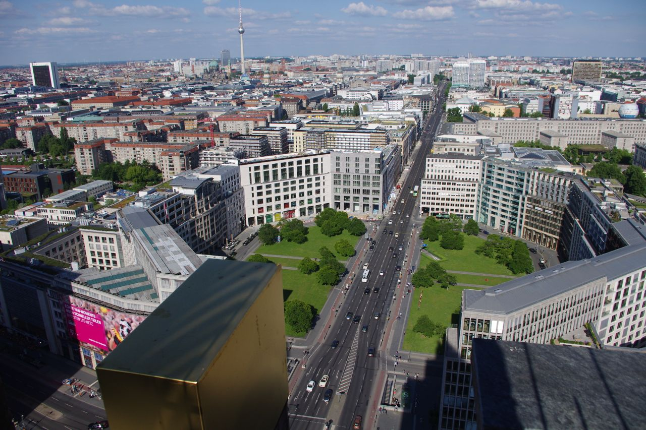 "Leipziger Platz, barockes ""Octogon"" beinahe wiederhergestellt, Juni 2014"