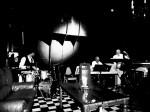 """Im """"Kulturklub.berlin"""": Pianist Dieter Janik spielt mit all seiner Atlantikerfahrung als reisender Musiker endlich im sicheren Hafen (Foto: Pollok PIctures)"""