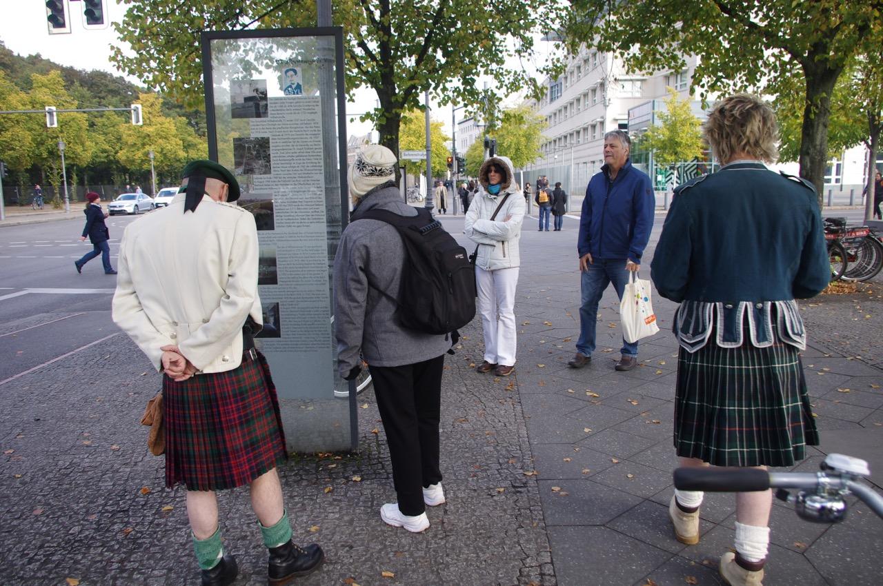 """""""Verminter"""" Grenzstreifen? Bitte lassen Sie diese Info am besten in Berlin (Foto: André Franke)"""